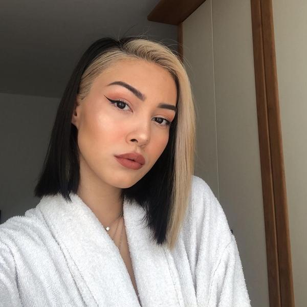 E-Girl Hairstyles Face-framing highlights